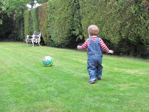 8 Fun Ways to Introduce Very Young Children to Football