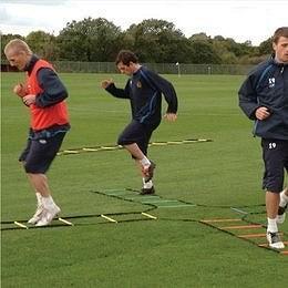 Football Coaching Tips: Teamwork and Balance