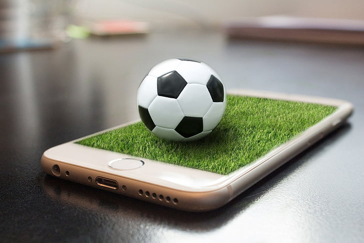 Football coaching apps and technology