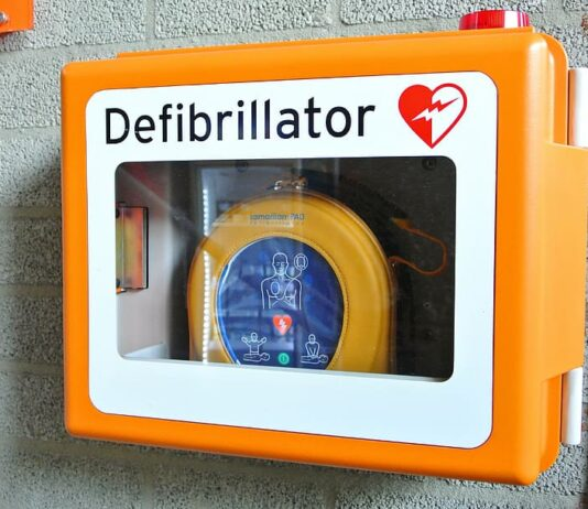 Defibrillators in grassroots football