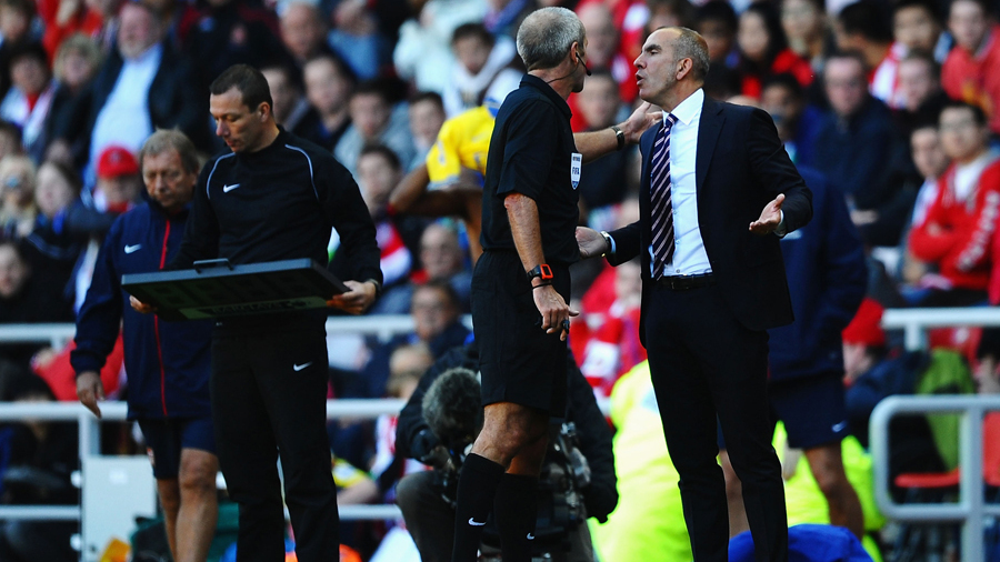 Paolo Di Canio asks Referee to Send him off